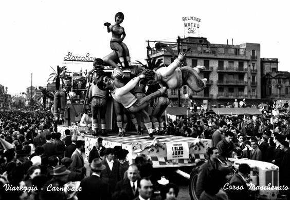 I blue jeans di Renato Galli - Complessi mascherati - Carnevale di Viareggio 1960