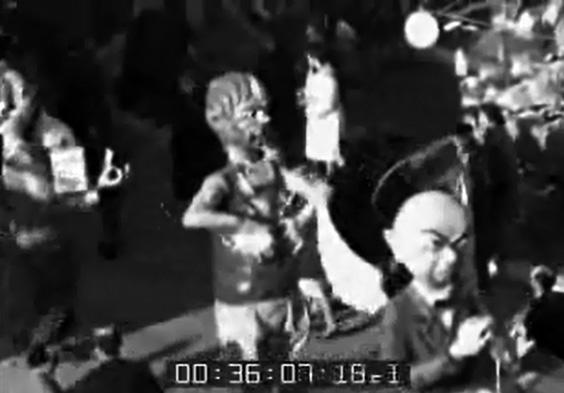 Questioni d'oggi di Vittorio Lippi - Mascherate di Gruppo - Carnevale di Viareggio 1961
