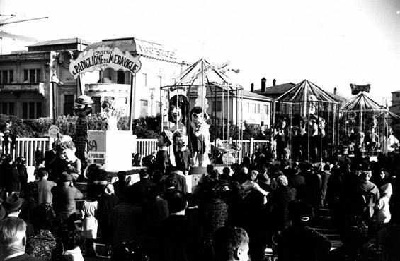 Padiglione delle meraviglie di Vittorio Lippi - Complessi mascherati - Carnevale di Viareggio 1962