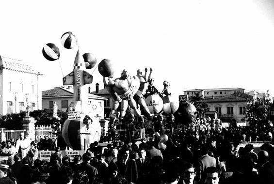 Palloni per bambini di Giovanni Lazzarini - Complessi mascherati - Carnevale di Viareggio 1962