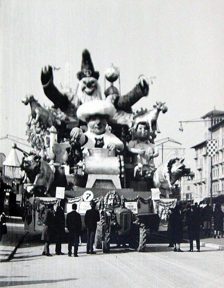 Frodi alimentari di Ademaro Musetti - Carri grandi - Carnevale di Viareggio 1963
