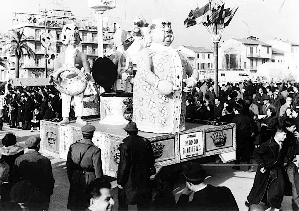 Mondo di notte n. 3 di Oreste Lazzari - Complessi mascherati - Carnevale di Viareggio 1963
