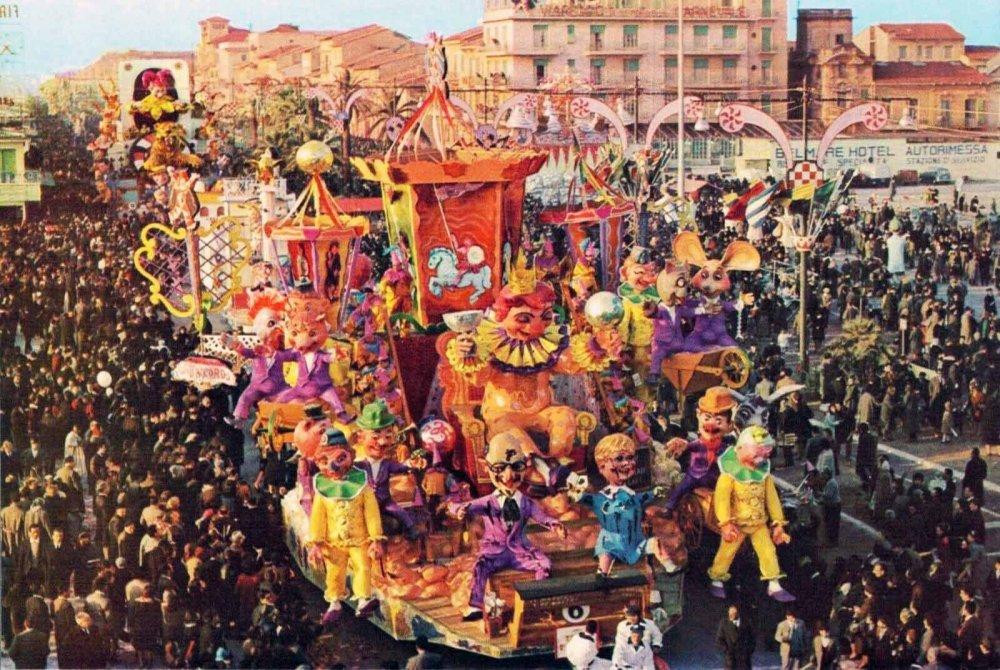 Tutti d'accordo di Nilo Lenci - Carri grandi - Carnevale di Viareggio 1963