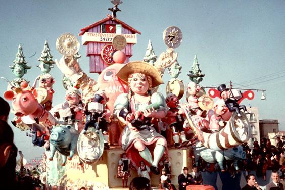 L'orologio a cucù di Nilo Lenci - Carri grandi - Carnevale di Viareggio 1964