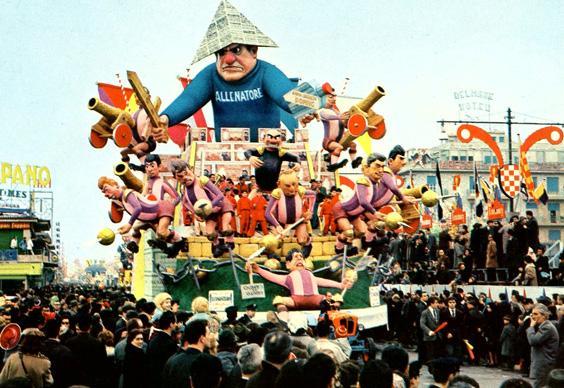 Il condottiero di Silvano Avanzini - Carri grandi - Carnevale di Viareggio 1965