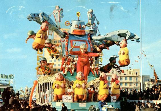 L'ape regina di Silvano Avanzini - Carri grandi - Carnevale di Viareggio 1966