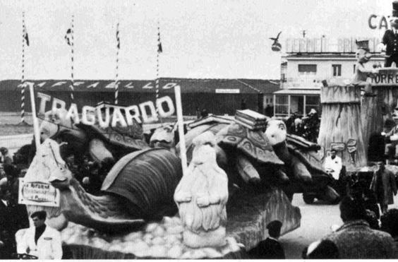 La riforma burocratica di Valeriano Pardini - Complessi mascherati - Carnevale di Viareggio 1967