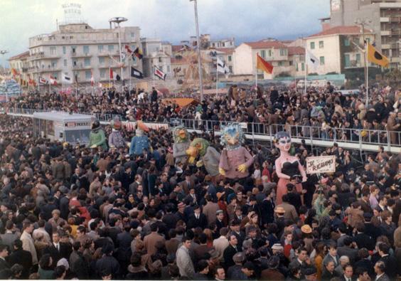 Il richiamo di Vittorio Lippi - Mascherate di Gruppo - Carnevale di Viareggio 1968