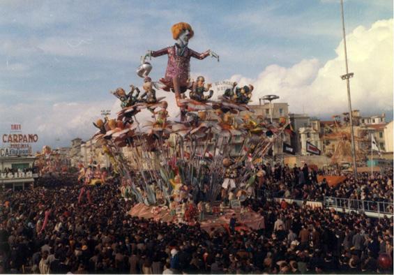 Quel mazzolin di fiori di Arnaldo Galli - Carri grandi - Carnevale di Viareggio 1968