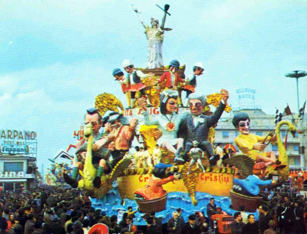 Nozze d'oro di Nilo Lenci - Carri grandi - Carnevale di Viareggio 1969