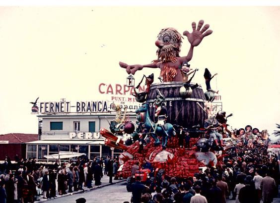 Questo pazzo, pazzo mondo di Oreste Lazzari - Carri grandi - Carnevale di Viareggio 1969