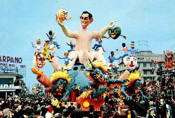 Un cuore nuovo di Carlo Vannucci - Carri grandi - Carnevale di Viareggio 1969