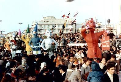 Il veglione del terrore di Vittorio Lippi e Guidobaldo Francesconi - Mascherate di Gruppo - Carnevale di Viareggio 1970