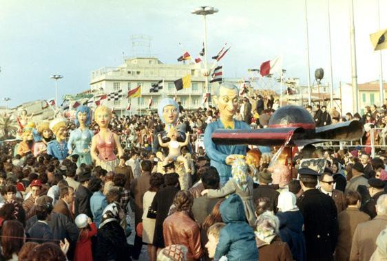 Pillola sì, pillola no di Eros Canova - Mascherate di Gruppo - Carnevale di Viareggio 1970