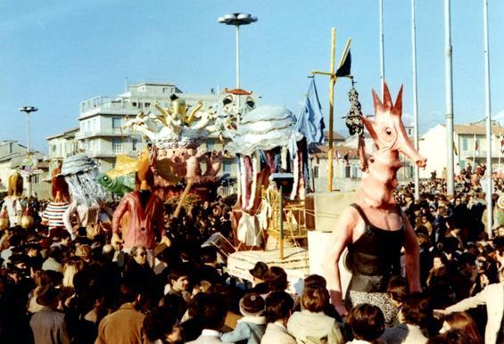 Acque inquinate di Eros Canova - Mascherate di Gruppo - Carnevale di Viareggio 1971