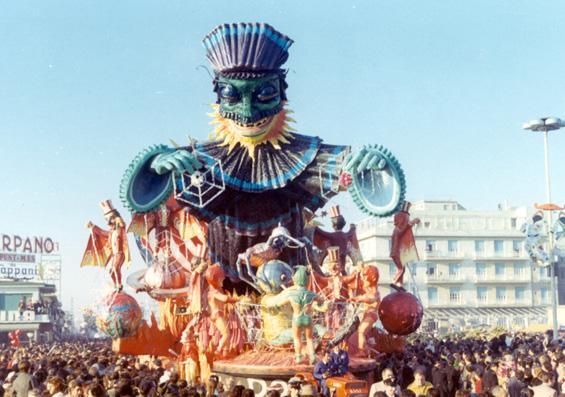 Il domino di Nilo Lenci - Carri grandi - Carnevale di Viareggio 1971