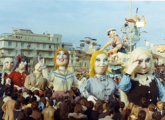 Lo spogliarello di Paolo Lazzari - Mascherate di Gruppo - Carnevale di Viareggio 1971