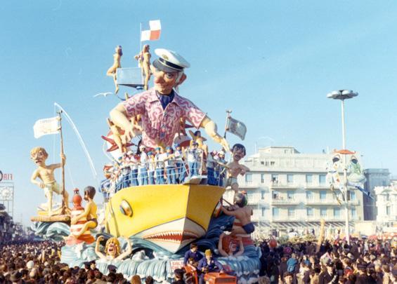 Salpa chi può di Renato Galli - Carri grandi - Carnevale di Viareggio 1971
