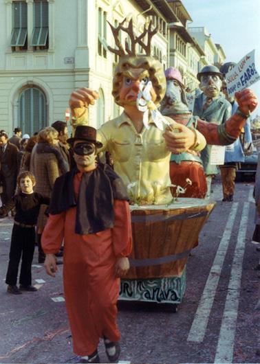 Siamo fatti per r...amare di Giuseppe Ghilarducci - Maschere Isolate - Carnevale di Viareggio 1971