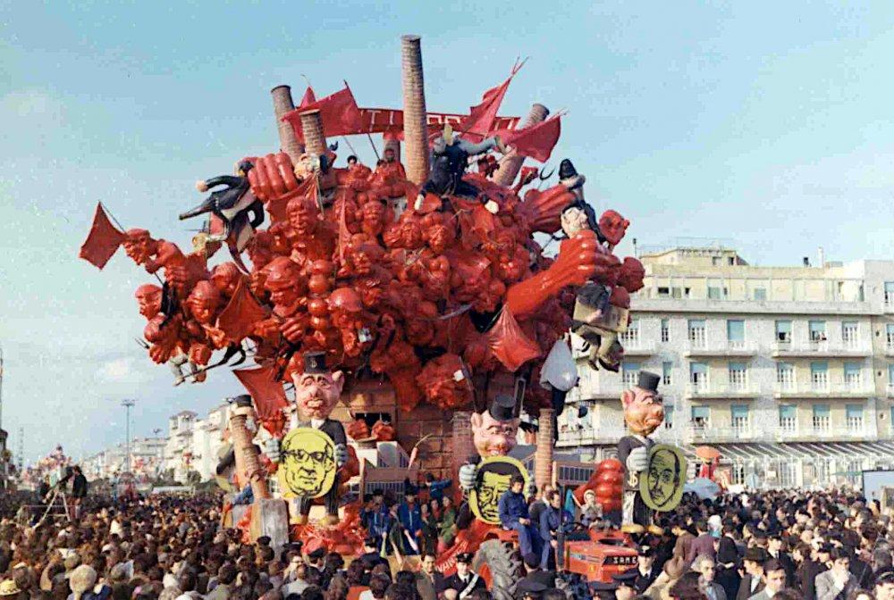 Avanti popolo di Giovanni Lazzarini - Carri grandi - Carnevale di Viareggio 1972