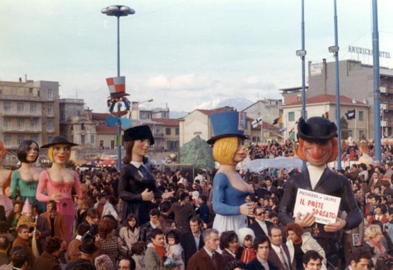 Il prete sposato di Giovanni Pardini - Mascherate di Gruppo - Carnevale di Viareggio 1972