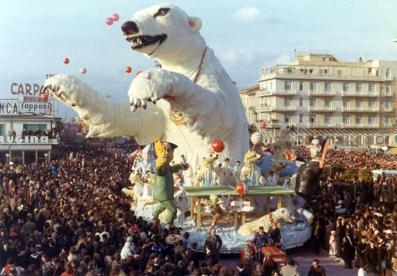 Ping pong di Arnaldo Galli - Carri grandi - Carnevale di Viareggio 1972
