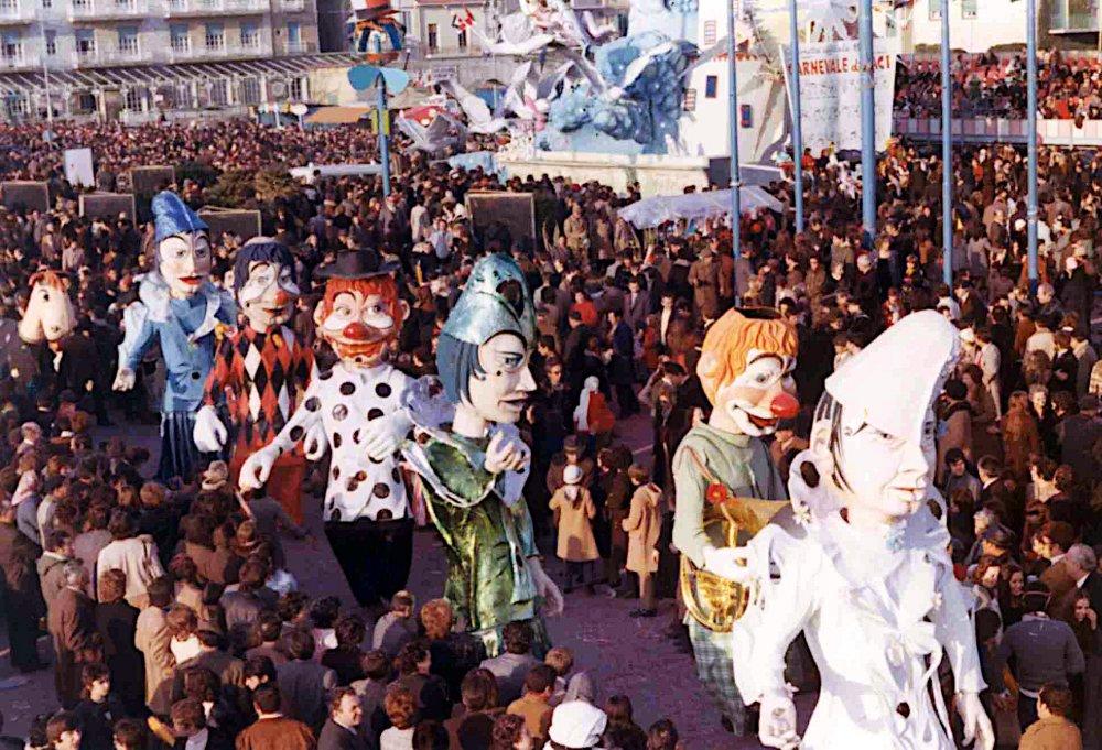 Un sorriso per i clown di Guidobaldo Francesconi - Mascherate di Gruppo - Carnevale di Viareggio 1972