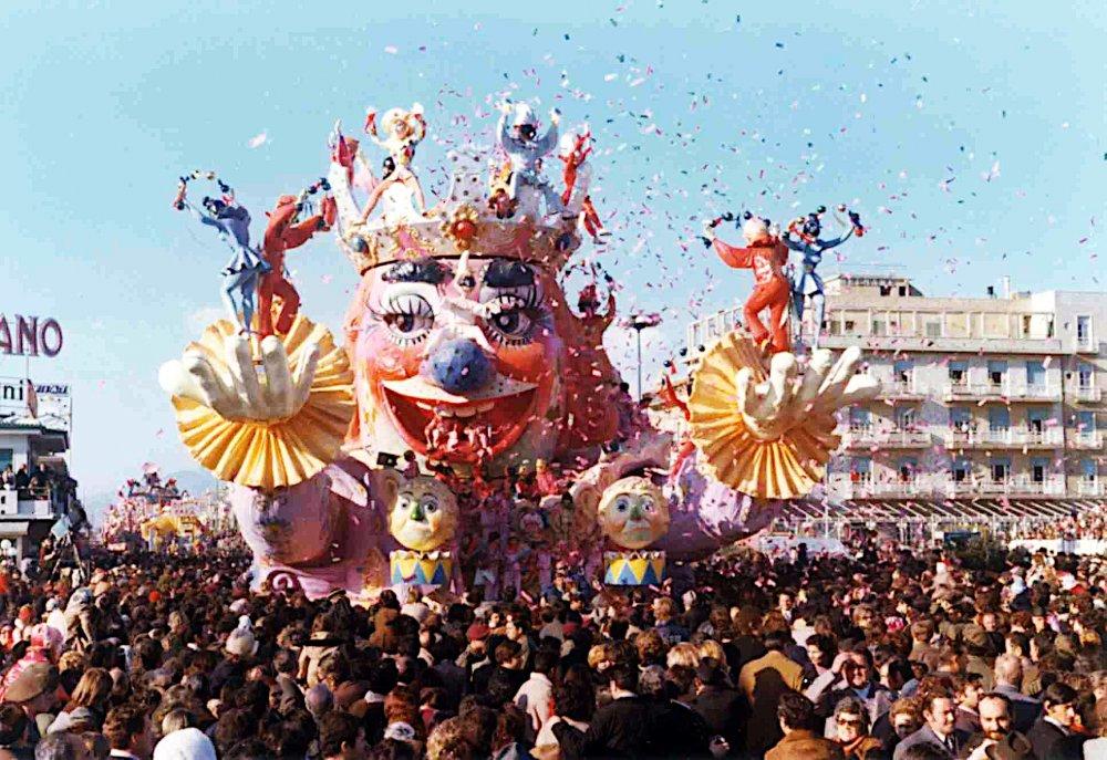 Carnevale scacciapensieri di Ademaro Musetti - Carri grandi - Carnevale di Viareggio 1973