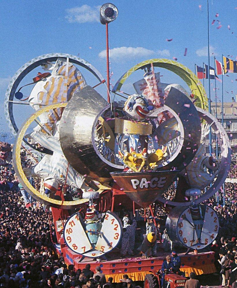 Guerra e pace di Arnaldo Galli - Carri grandi - Carnevale di Viareggio 1973