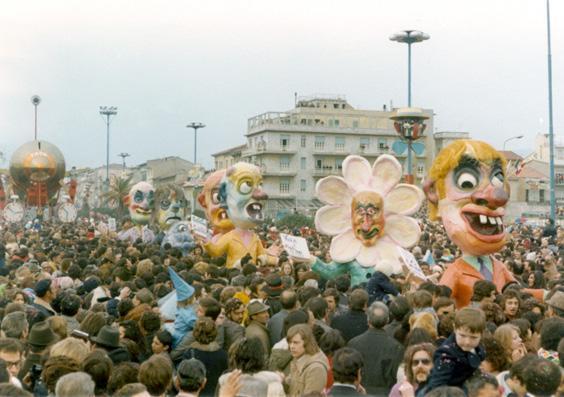 I con...testoni di Paolo Dal Pino - Mascherate di Gruppo - Carnevale di Viareggio 1973