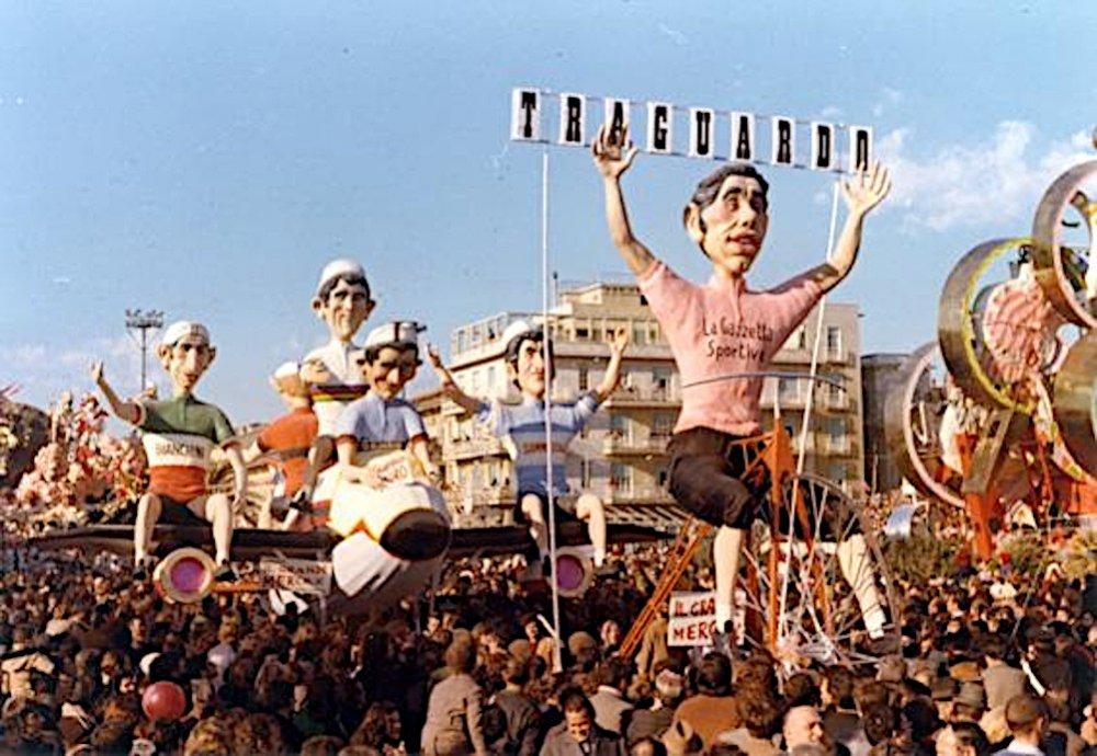 Il grande Merckx di Eros Canova e Carlo Bomberini - Complessi mascherati - Carnevale di Viareggio 1973