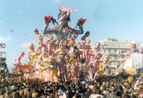 L'ultima battaglia di carnevale di Nilo Lenci - Carri grandi - Carnevale di Viareggio 1973