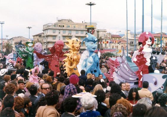 Fra cento anni di Guidobaldo Francesconi - Mascherate di Gruppo - Carnevale di Viareggio 1974