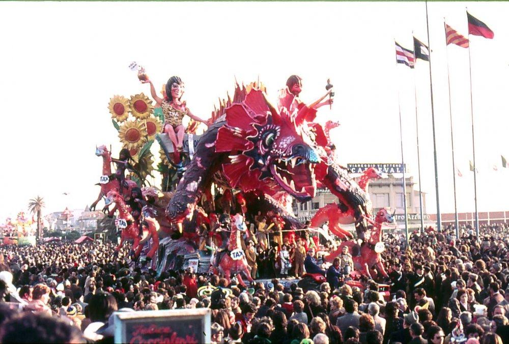 Ritorno alle origini di Nilo Lenci - Carri grandi - Carnevale di Viareggio 1974