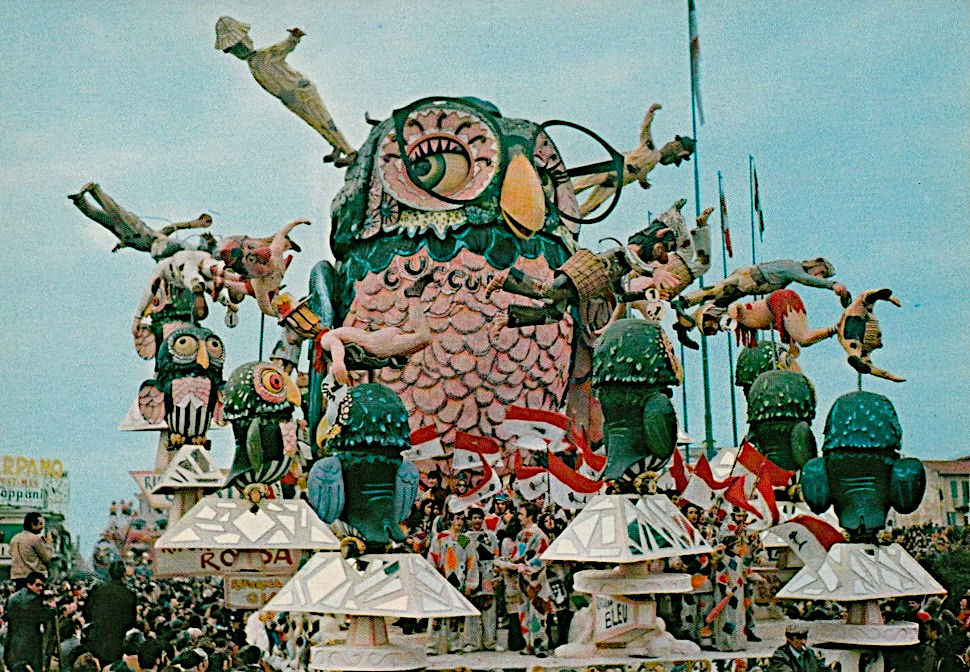 La civetta ovvero cuccumio tuttomio di Arnaldo Galli - Carri grandi - Carnevale di Viareggio 1975