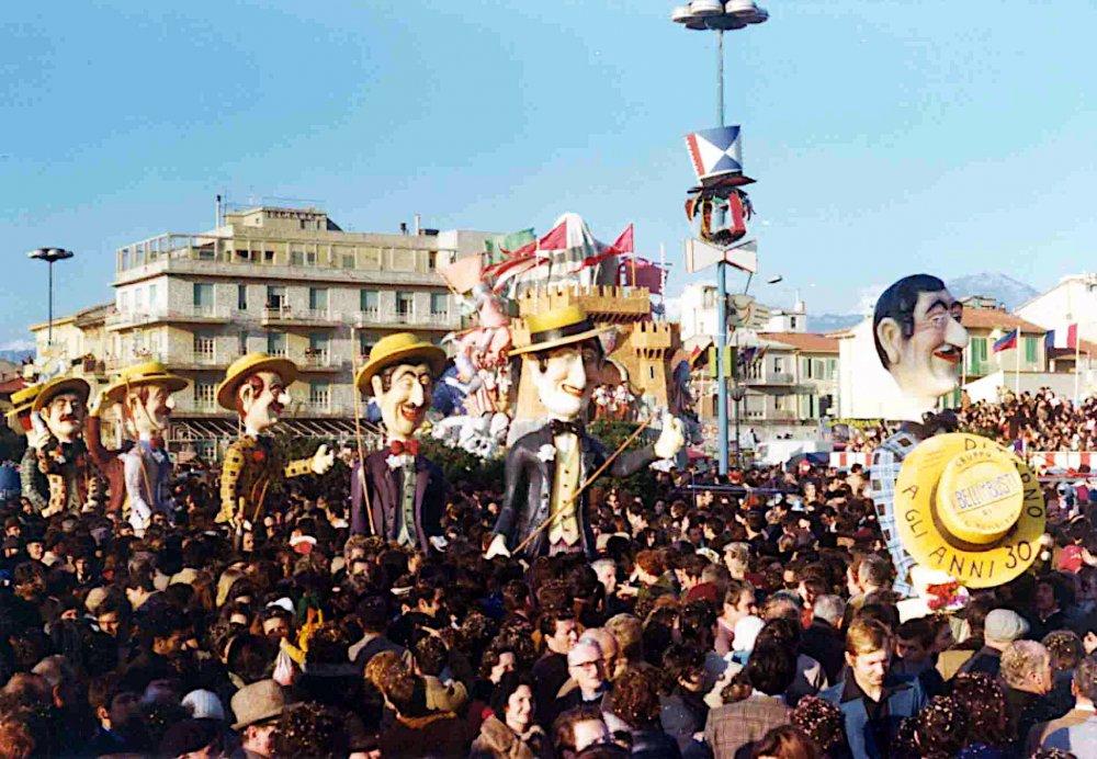 Ritorno agli anni trenta di Carlo Bomberini - Mascherate di Gruppo - Carnevale di Viareggio 1975