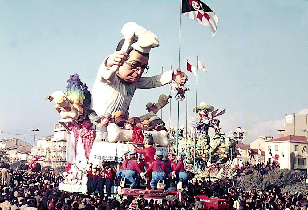 La cena delle beffe di Silvano Avanzini - Carri grandi - Carnevale di Viareggio 1977