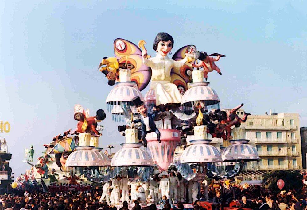 Le falene d'oggi di Renato Verlanti - Carri grandi - Carnevale di Viareggio 1977