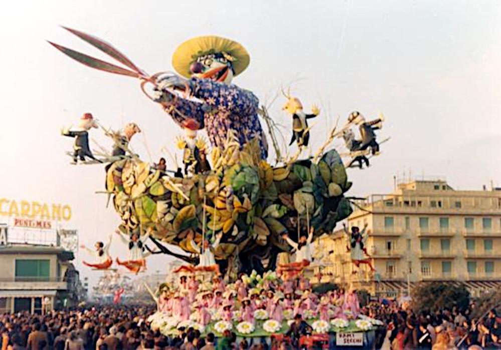 Rami secchi di Arnaldo Galli - Carri grandi - Carnevale di Viareggio 1977
