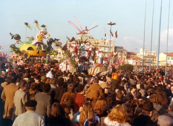 Carnevale in campagna di Rione Migliarina - Fuori Concorso - Carnevale di Viareggio 1978