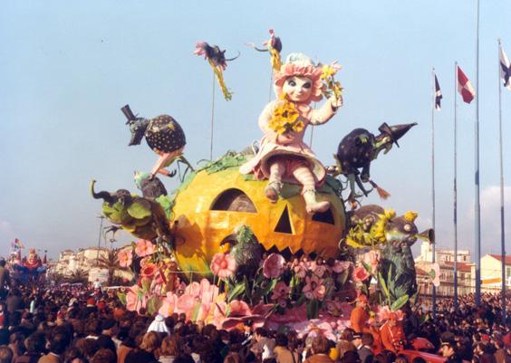 Vincere le paure di Nilo Lenci (prog. Antonio Possenti) - Carri grandi - Carnevale di Viareggio 1978