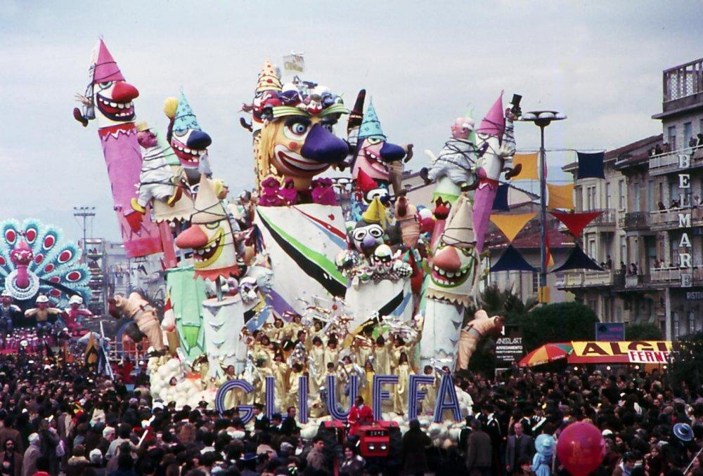 Gli uffa di Arnaldo Galli - Carri grandi - Carnevale di Viareggio 1979