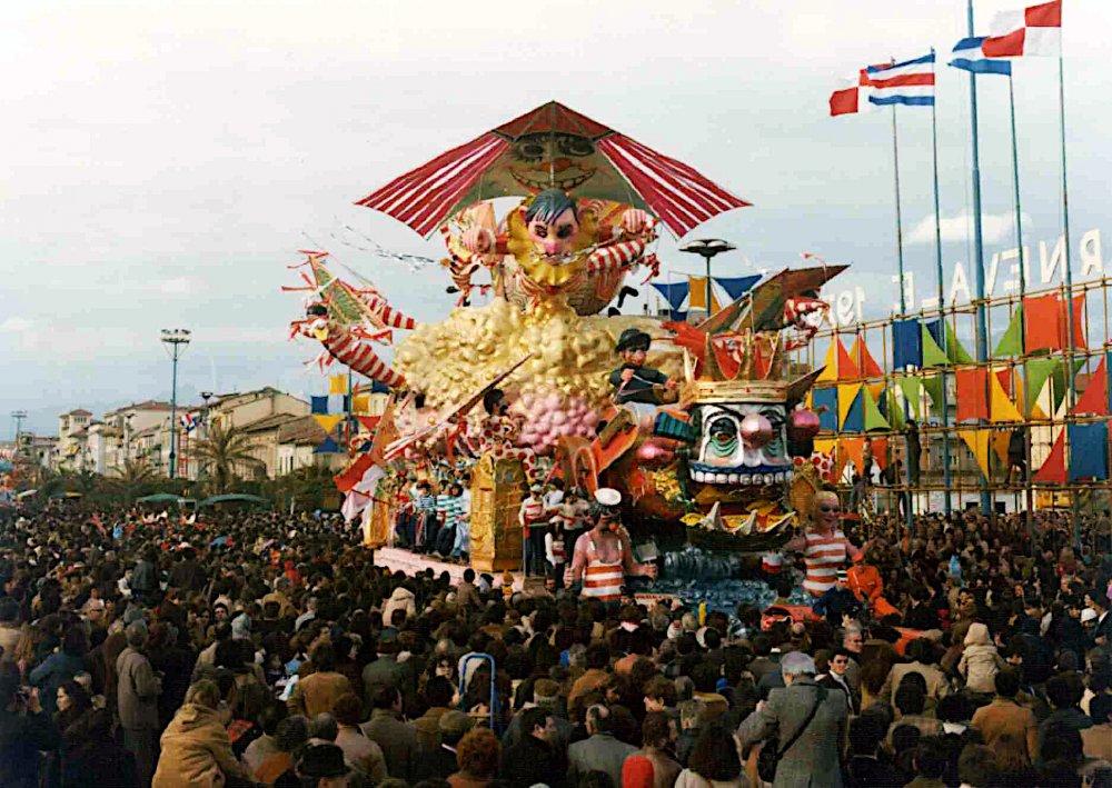 Miracolo a Viareggio di Nilo Lenci - Carri grandi - Carnevale di Viareggio 1979