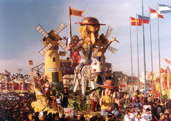 Don Chisciotte di Amedeo Mallegni - Carri piccoli - Carnevale di Viareggio 1980