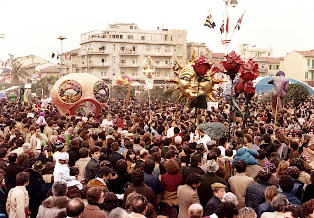 Inquinamento o vita di Gilbert Lebigre e Corinne Roger - Fuori Concorso - Carnevale di Viareggio 1980