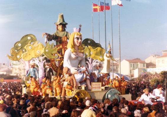 La bella addormentata di Sergio Barsella e Loris Lazzarini - Carri piccoli - Carnevale di Viareggio 1980