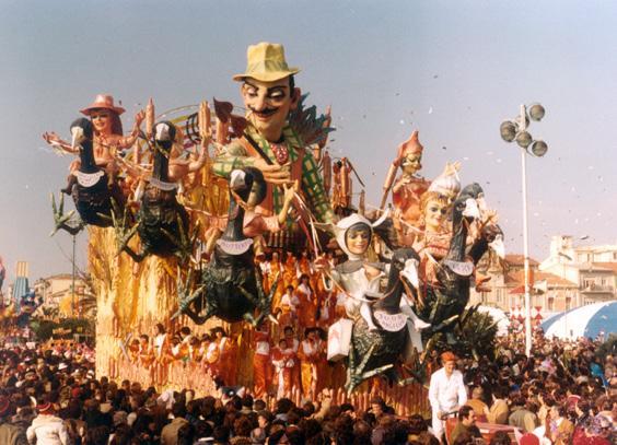 La tela di Puccini di Giulio Palmerini (su progetto di Nilo Lenci) - Carri grandi - Carnevale di Viareggio 1981