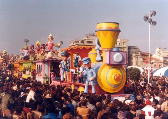 Viareggio capolinea di tutte le età di Giuseppe Palmerini e Loris Lazzarini - Carri piccoli - Carnevale di Viareggio 1981