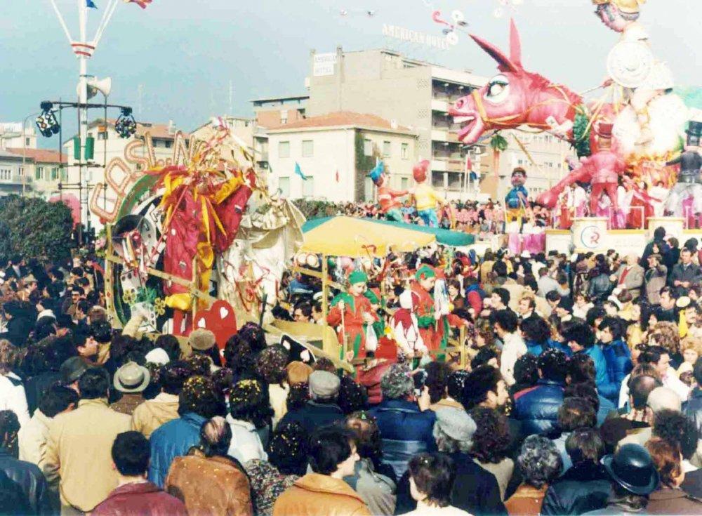 Casino sì, casinò no di Rione Mare - Palio dei Rioni - Carnevale di Viareggio 1982