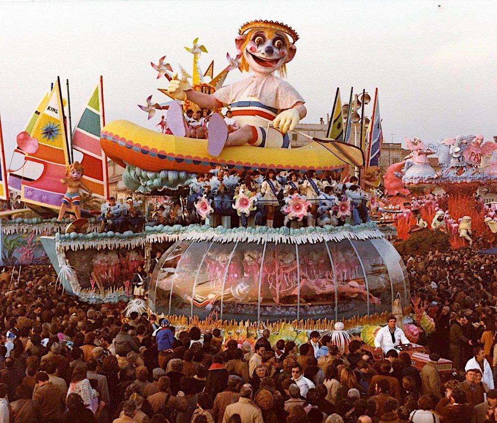 E' arrivato col sole e con l'amor dal mare di Sergio Baroni e Renato Verlanti - Carri grandi - Carnevale di Viareggio 1982